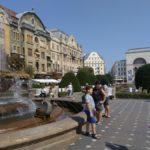 103. ...i na Piaţa Victoriei, gdzie obalono reżim Ceauşescu.