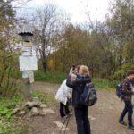 9. …aż osiągnęliśmy Przełęcz Bukowską, gdzie szlak zakręca ku północy…