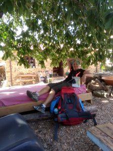7. …na chwilę relaksu w ogródku przy sklepie…