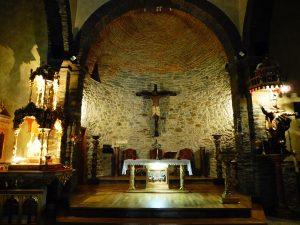38. …większość kościołów była otwarta.