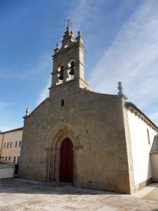 93. …i romańskim kościółkiem San Salvador z gotycką espadanią na dzwony.