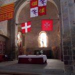 49. …rycerskiego Zakonu Szpitala św. Jana z flagą zakonu i krzyżem maltańskim.
