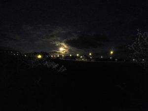 83. Rankiem ruszyliśmy do światła księżyca i czołówek.