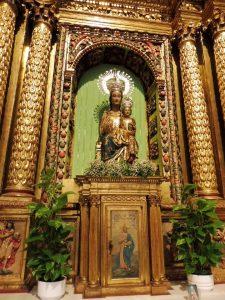 111...gdzie czczona jest cudowna figura MB Nadziei (Virgen de la Esperanza)