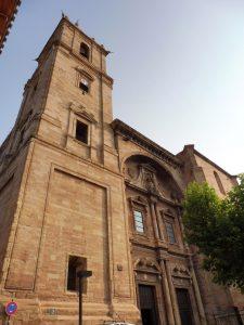 119. …i kościół Santa Maria de la Asuncion z jednym z najpiękniejszych w Hiszpanii…
