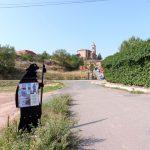 124. Za wioską Ventosa z kościołem San Saturnino…