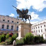 17. Pomnik Cyda Walecznego z Burgos, bohatera hiszpańskiej Rekonkwisty.