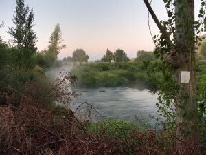 26. O brzasku trasa prowadziła brzegiem rzeki Rio Ubierna.