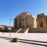 64. …z kościołem Santa Maria la Blanca.