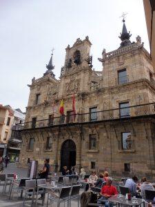 157. Na Plaza Mayor obejrzałam okazały ratusz…