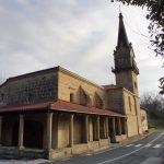 10. …gdzie we wnętrzu kościoła czci się posążek…