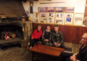 10. …i salą kominkową, gdzie zasiadłyśmy z Andrejem z Niemiec.