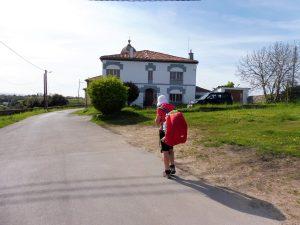 166. …i dotarłyśmy do albergu w San Martin de Laspra…
