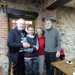 43. W barze przy porannej kawie spotykamy Jean-Michela i Reynalda…