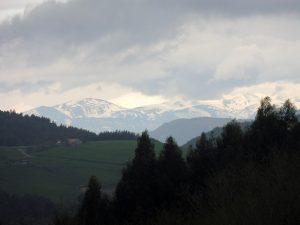 6. …ośnieżone szczyty Gór Kantabryjskich.