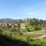 6. …a za lasem ujrzałyśmy wioskę El Castillo…