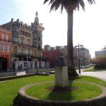 76. …i plac centralny Ribadeo…
