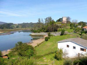 8. …dobrze chronionego od zachodu ujściem rzeki.