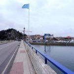 99. …przekraczamy most na rzece wpływającej do zatoki…
