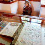 6. …stare księgi liturgiczne…